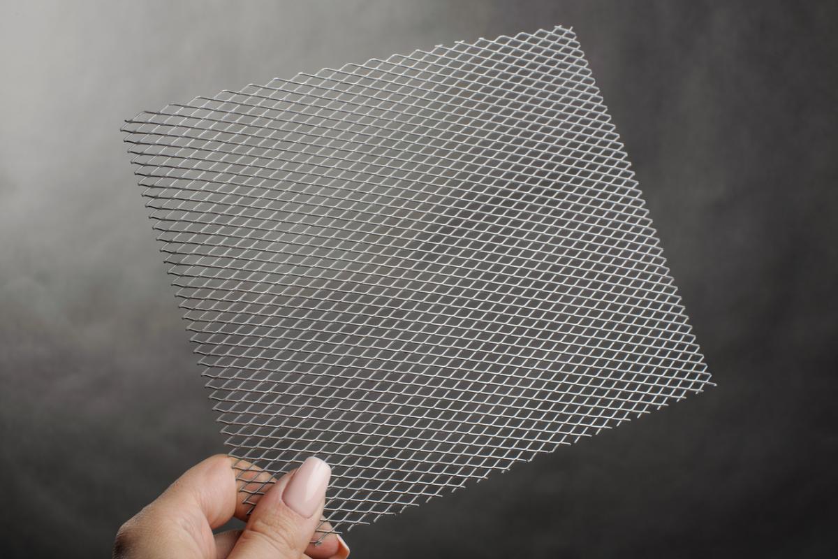 Цельнометаллическая просечно-вытяжная сетка