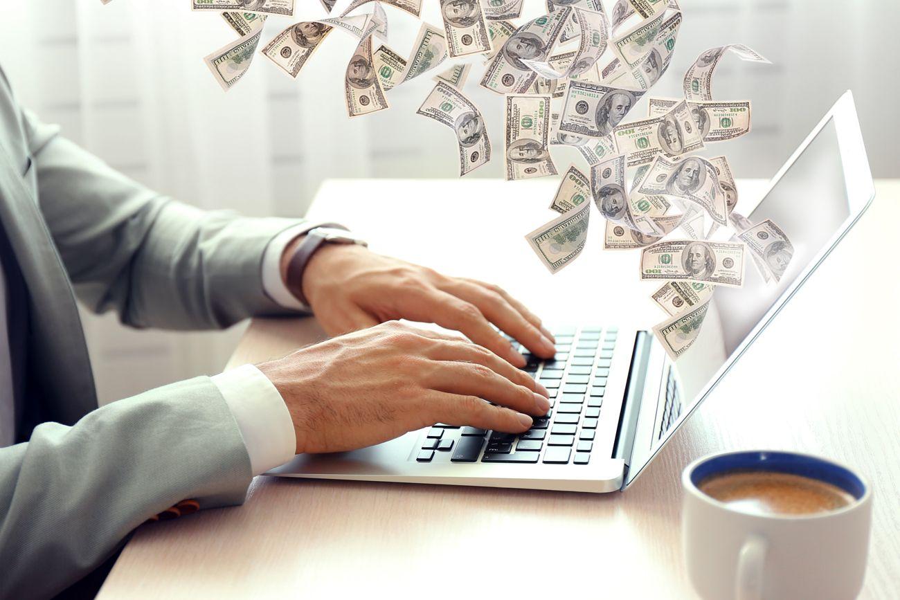 Заработок на коммерческом сайте
